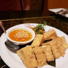 Crispy Organic Tofu (Tow-Hoo Tod Grob)