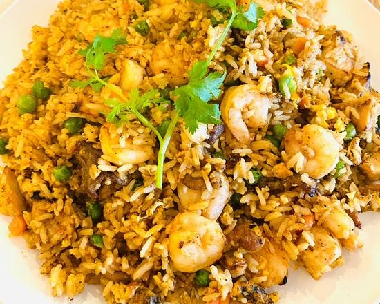 R8. Combination Fried Rice
