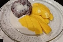 Kow-Nhiew Ma-Muong (Fresh Mango & Sweet Coconut Rice)